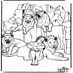 Раскраски по Библии - Даниил во рву со львами 3