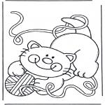 Раскраски с животными - Кошка с клубком