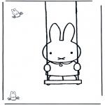 Детские раскраски - Кроличка на качелях