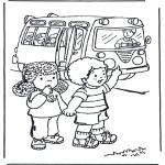 Детские раскраски - В школьном автобусе